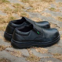 Sepatu Pria adidas Tiger safety shoes low boots ujung besi bagus Like