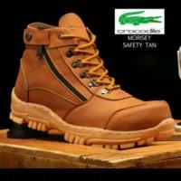 sepatu pria boots safety sepatu ujung besi