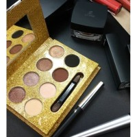 LT-PRO PROFESSIONAL MAKE-UP NATURALLY GLAM EYE SHADOW PALETTE 13g
