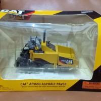 mobil diecast cat AP 655 D ASPHALT PAVER