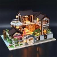 Pajangan DIY House rumah mini dan lampu /mini doll house gift