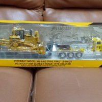 mobil diecast peterbilt model 389 and trail king with cat D8R