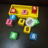 Mainan Edukasi Susun Balok Angka Datar