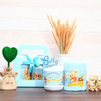 Souvenir baby one month.Hampers baby born