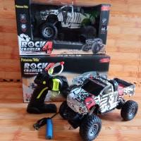 RC Mobil Rock Crawler Model Pick Up Skala 1:18/ mainan anak remot