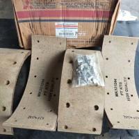 Kampas Rem / Lining Set Mitsubishi PS Canter Ps 125 - 135 - 136