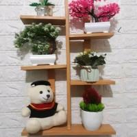 rak bunga dinding rak pot kayu jati Belanda