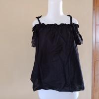 sabrina blouse hitam