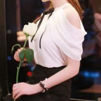 Fashion Wanita: Blus Sifon Halter Cold Shoulder Slim Warna
