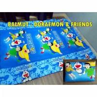 BALMUT MOTIF DORAEMON & FRIENDS ( BANTAL BISA JADI SELIMUT )