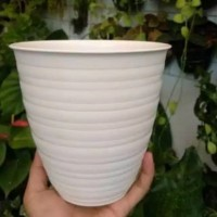 Jual pot pirus putih UK 15 - pot putih - pot plastik - dekorasi taman