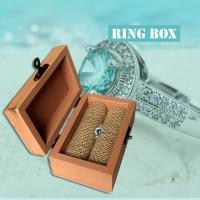 Cincin Kawin / Tunangan Vintage Kotak Bahan Kayu untuk Pria /