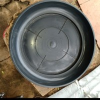 Tatakan pot plastik D50cm