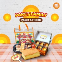 Paket Family A (Bolu Original + Egg Tart + Roti Unyil + Tas + Kipas)