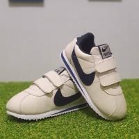 Sepatu Anak Kids Nike Cortez Nylon Classic Perekat SP016 Cream