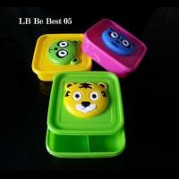 Kotak Makan sekat 3 Beruang Timbul - Lunch box Bear