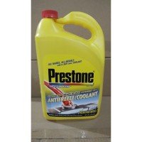 Air Radiator Coolant Anti Freeze Prestone 33% Merah Pink 3.78 Liter