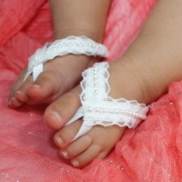 1pairs White Cute Infant Boy Girl Toddler Baby Lace Pearl Shoes