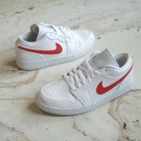 Nike Air Jordan 1 Low Alternate Swoosh