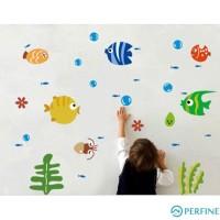 Stiker Dinding Desain Ikan Kecil Warna-Warni Bahan Eva Ramah