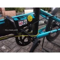 Stiker Bike To Work B2W Sepeda Lipat MTB Roadbike Minion Minitrek
