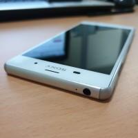 Sony Xperia Z3 3/32 Docomo Putih Super Mulus 100%