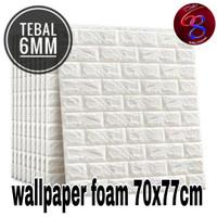 WALLPAPER DINDING STICKER FOAM BATU BATA PUTIH 3D 70x77cm