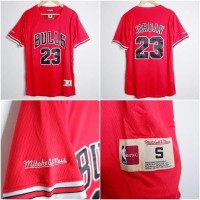 Jersey Basket NBA Berlengan Sleeve Chicago Bulls Merah Michael Jordan