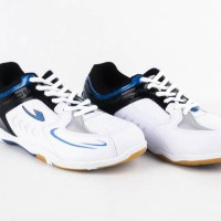 Termurah! sepatu pria olahraga NEW ERA BADMINTON 8 LIS BIRU