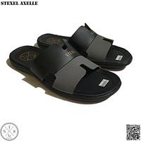 STEXEL AXELLE Sandal Casual Pria Selop H Letter Kulit Sintetis Premium