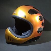 Helm Custom Retro Cakil Ghostbone - Inferno