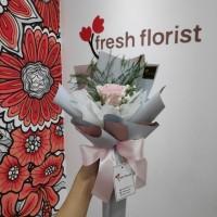 Hand Bouquet Buket Bunga Wisuda Bunga Mawar Setangkai Premium