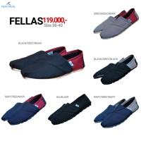 Sepatu NEW-WEAL FELLAS Slip On Kasual - Hitam Maroon, 38