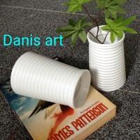 Vas plastik/ Vas bunga/ Vas ulir/ vas import/ pot bunga