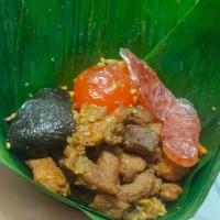 bacang/ bakcang ,nasi/ketan isi daging dan telur asin - Ketan