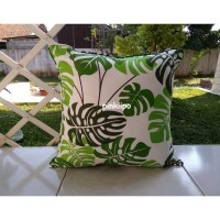PINKIIPO - Sarung Bantal Sofa 50x50 [Green Monstera]