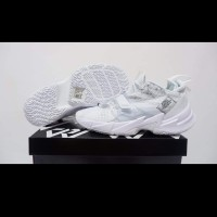 sepatu Basket airjordan why not zero 3 triple white