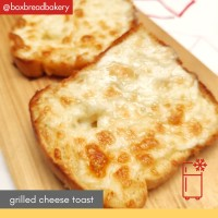 Roti Keju Grilled Cheese Toast - BoxBread Frozen - Garlic Cheese