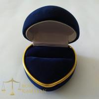Kotak cincin love bludru biru