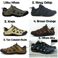 Sepatu Sepeda, Sepatu Karrimor Summit Waterproof