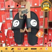 Gantungan Sandal Nike-Hanger Sandal Nike-Karton-Bahan Tebal