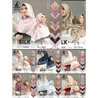 Jilbab Satin Silk Motif Bunga - Segi Empat UMAMA - seri : RANDOM