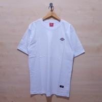KAOS T SHIRT DICKIES EMBORDIERED GRAPHIC LOGO TEE WHITE