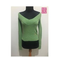 Preloved Sweater Sabrina (B-037)