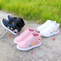 Sepatu Boots Hello Kitty Love (OK03)