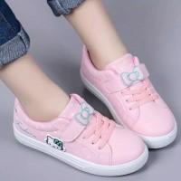 Sepatu Boots Anak Motif Dasi Hello Kitty (OK02)