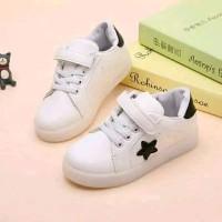 New Sepatu Boots Bintang OK01