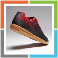 JJ167 Kipsta Sepatu Futsal Anak Agility 100 Futsal Jr Black