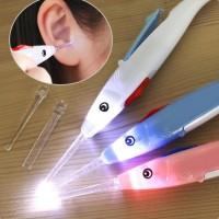 Alat Pembersih Telinga dengan Lampu LED