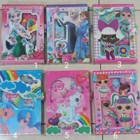 Buku diary gembok besar karakter